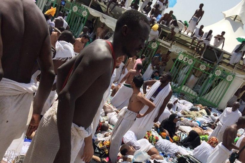 FOTOD   Meka lähedal tallati surnuks vähemalt 717 palverändurit