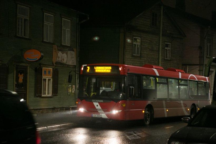 Bussis väikest poissi häirinud mees ei olnud pahatahtliku motiiviga