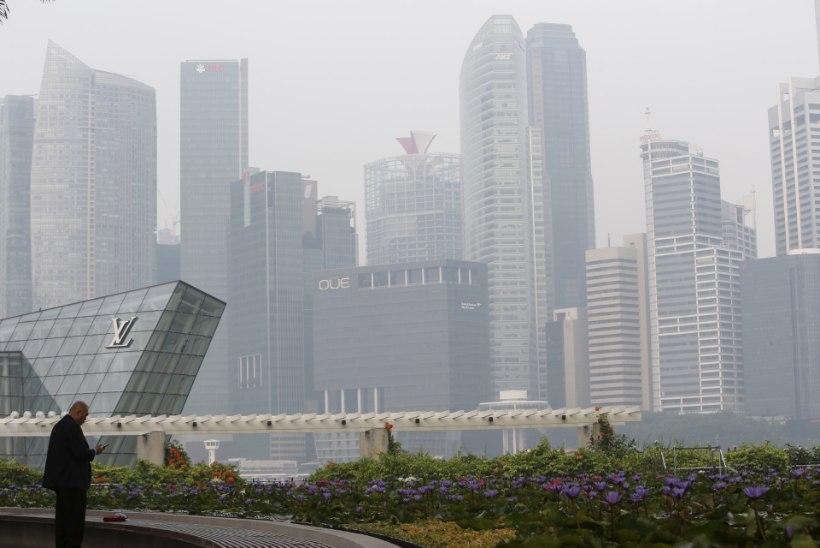 FOTOD   Indoneesia õhusaaste käes ägav Singapur sulges koolid