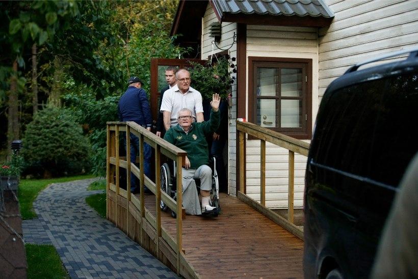 TV3 VIDEO | Savisaare ülekuulamine sõltub tema tervisest