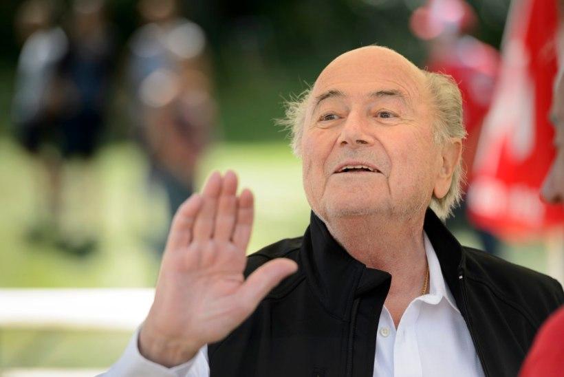 KINDEL: Blatter kinnitas oma alluvatele, et jääb FIFA presidendiks