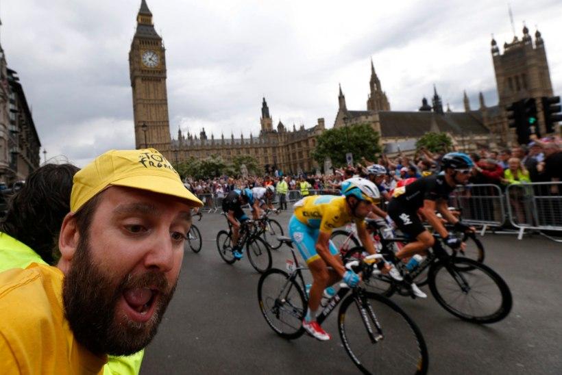 London loobus viimasel sekundil Tour de France'i korraldamisest, ajades prantslased maruvihaseks