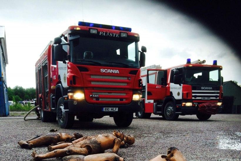 Päästjad harjutavad Vao lähistel inimeste tulest väljatoomist