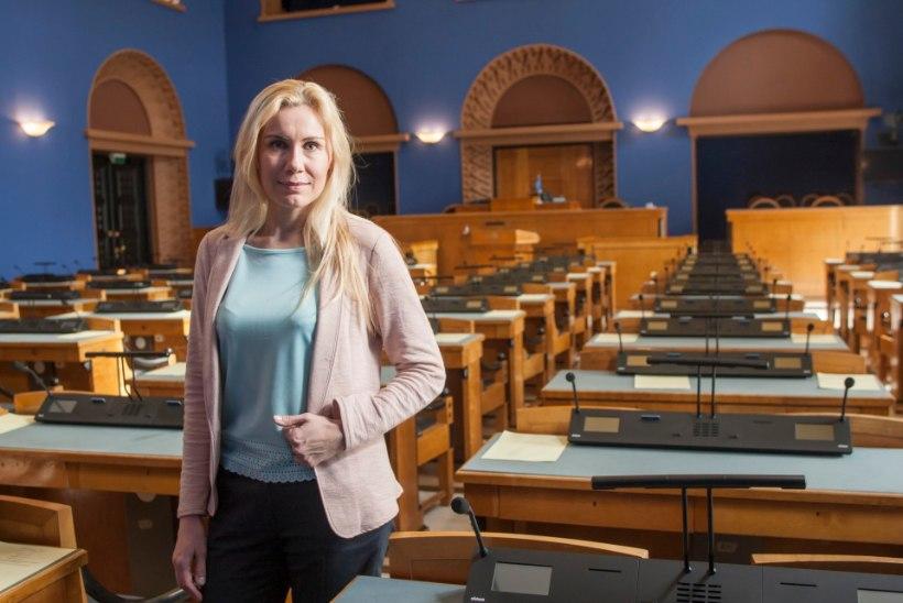 ÕHTULEHE VIDEO | Kadri Simson Edgar Savisaare ametist tagandamisest: see on ülereageerimine