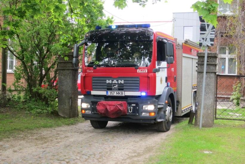 Tulekahjust pääsenud neiu leidis elupäästjad