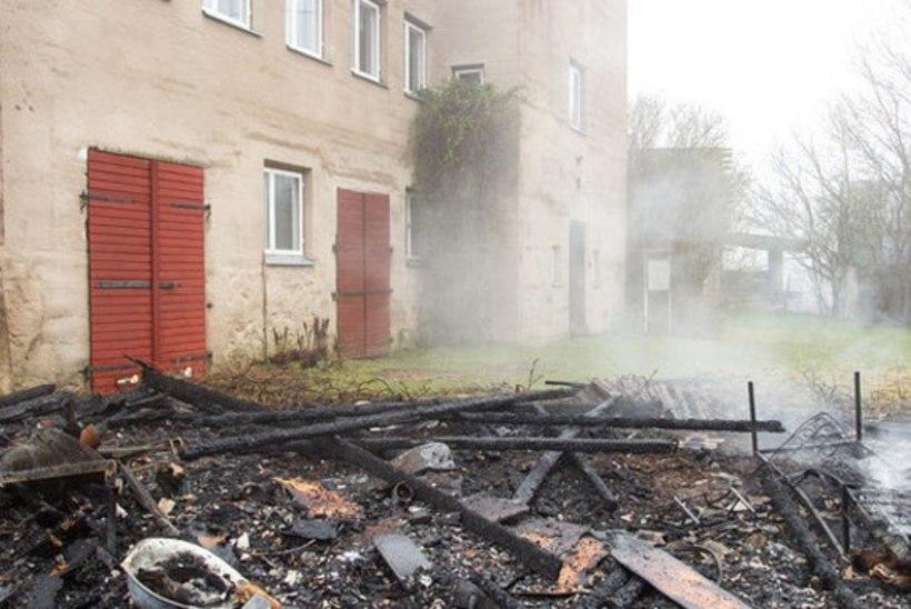 Puka sotsiaalmajas jälle tulekahju, kahtlusalune süütaja on kinni peetud