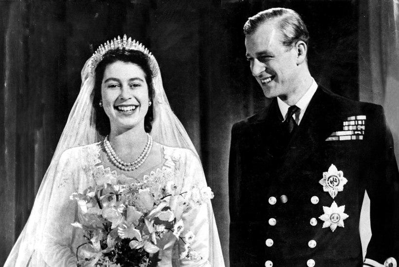 TROONIL 63 AASTAT JA 7 KUUD: täna purustab Elizabeth II oma vanavanavanaemale kuulunud valitsemisrekordi