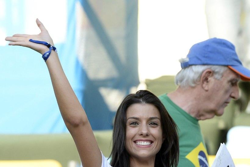 GALERII   Uusaasta kink meestele: 10 kõige kaunimat jalgpallurite naist