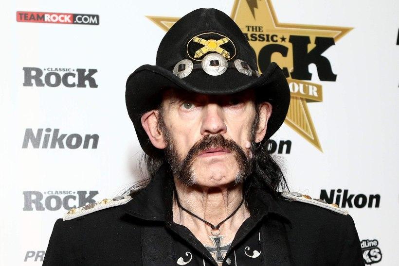 Motörheadi legend Lemmy saadeti viimsele teele