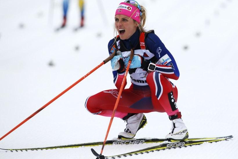 JÕHKER JÕUDEMONSTRATSIOON! Therese Johaug möödus Östbergist lõputõusul kui postist ja võitis Tour de Ski