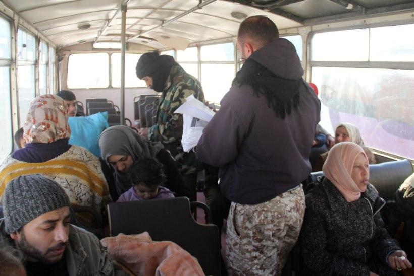 """Türgi kehtestas viisapiirangud: paljudel """"süürlastel"""" on valepassid"""