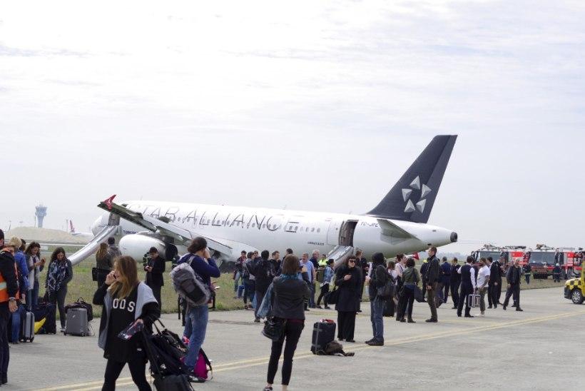 Kaks venelannat tõsteti Türgi lennukilt maha halva käitumise pärast