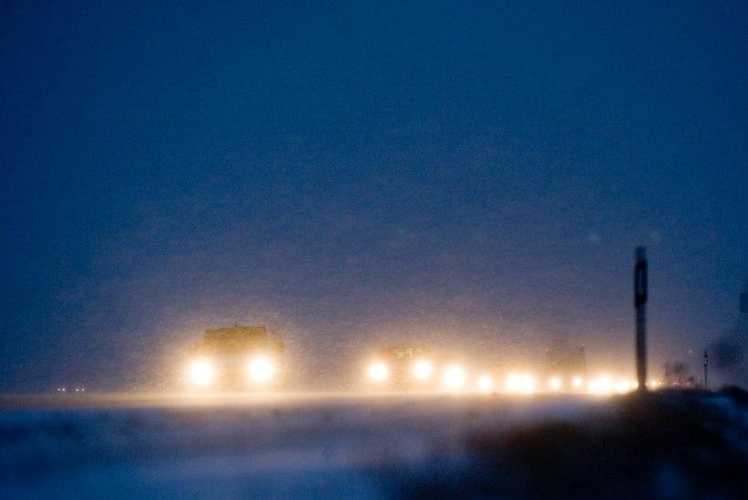 ETTEVAATUST: Lumetuisk on muutnud sõiduolud raskeks