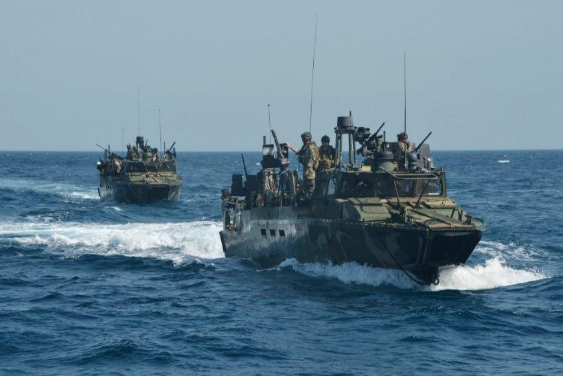 Iraan pidas kinni 10 territoriaalvetesse sisenenud USA meremeest