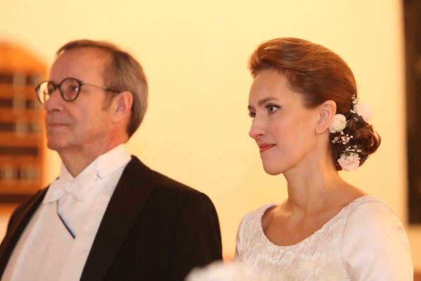 SÕBRAD KAITSEVAD IEVA ILVEST: Toomas Hendrik on kõigest tema tütre ristiisa