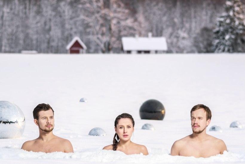 KÜLMA KÄES: poolalasti Trad.Attack! pildistas lumes 16 miinuskraadiga