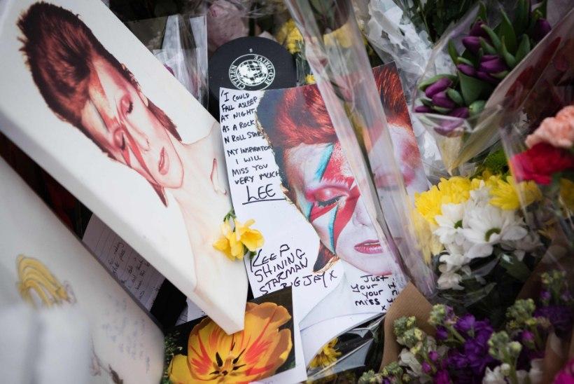 David Bowie tuhastati, kohal polnud isegi pereliikmeid