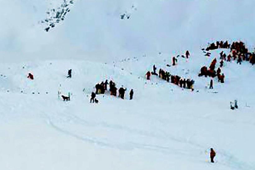 Õpetaja on lumelaviinis hukkunud õpilaste pärast uurimise all