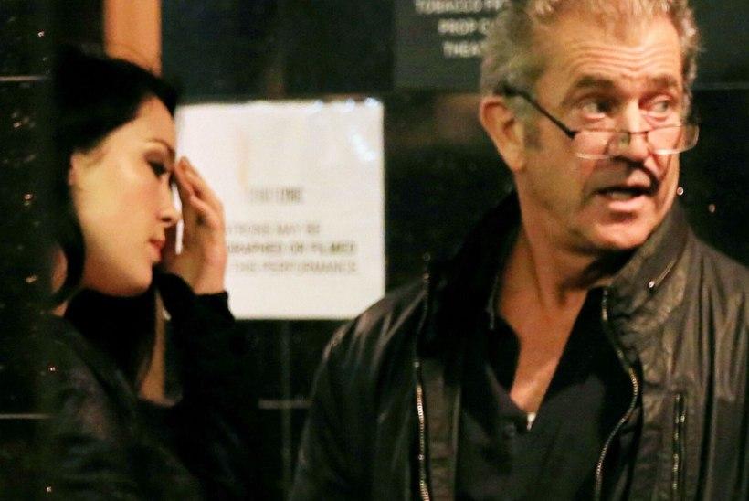 Mel Gibsoni noor pruut on väsinud