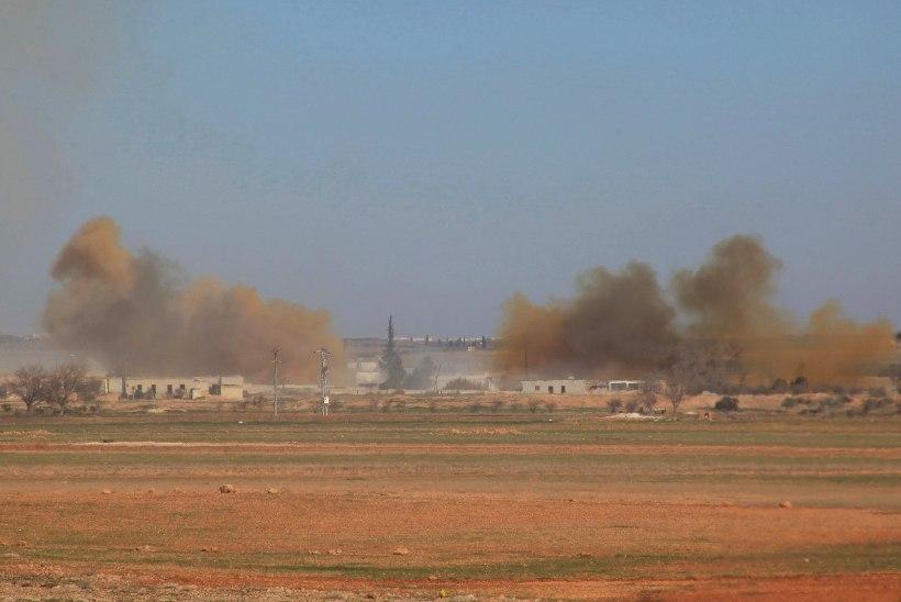 ISISe pühasõdalased võtsid Süürias pantvangi ja tapsid sadu inimesi