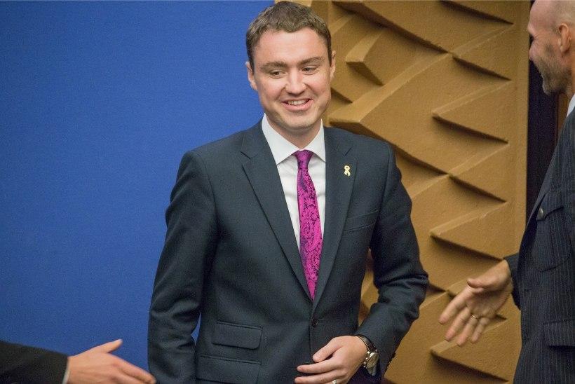 Peaminister Rõivas sõidab Saksamaale ja kohtub Angela Merkeliga