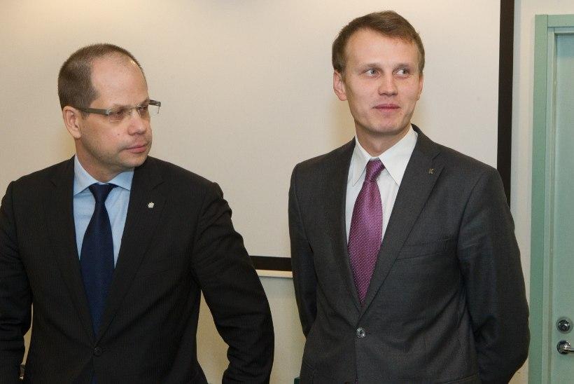 Savisaar: Keskerakond ei viska Laasit ja Toobalit välja