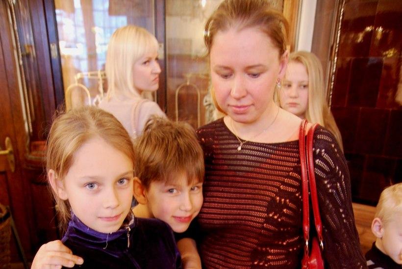 """Viielapselise pere ema: """"Maaõhk teeb laste tervised tugevamaks."""""""