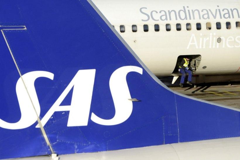 Rootsi lennuk tegi pommiähvarduse tõttu hädamaandumise