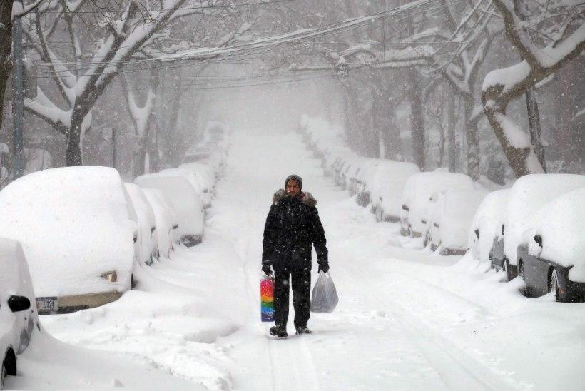 New Yorgi lumme matnud torm rühib Inglismaa poole