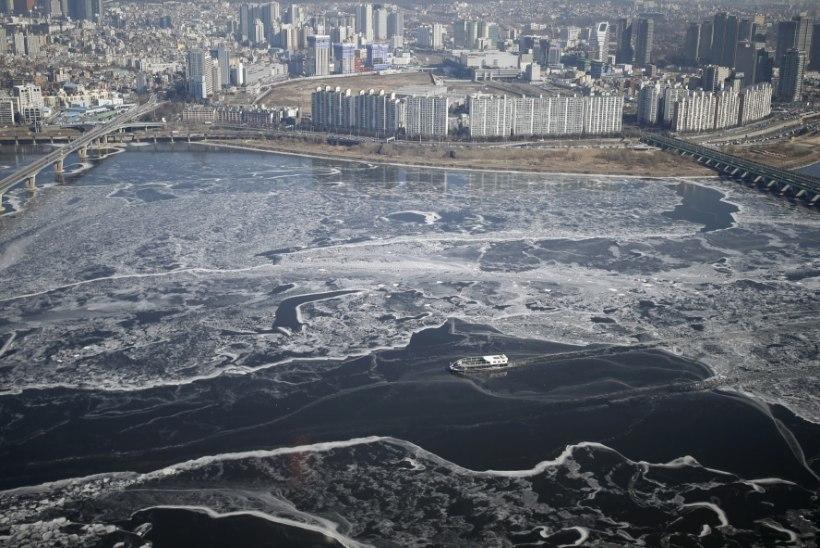 Lõuna-Koreas on tuisulõksu jäänud 90 000 turisti