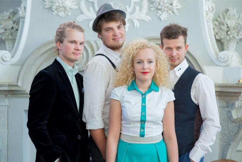 Curly Stringsi Eeva Talsi üllitab sooloalbumi. Kuula Eeva uut ja talvist lugu!