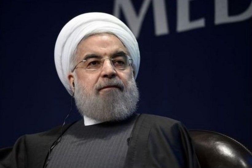 Iraani presidenti tervitati poomise imiteerimise ja alasti skulptuuride katmisega