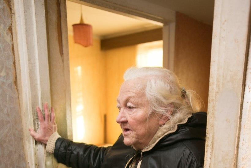 KÜTTETAKORTERMAJAS ELAV PEREEMA: korteris on vaid viis kraadi sooja, käime toas jopega