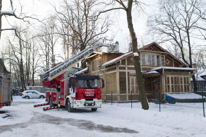 Päästeamet hoiatab: külmunud veetorusid ei tohi lahtise tulega soojendada!