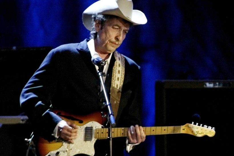 """""""Bob Dylani laulutekste saab lugeda ja peakski lugema."""""""
