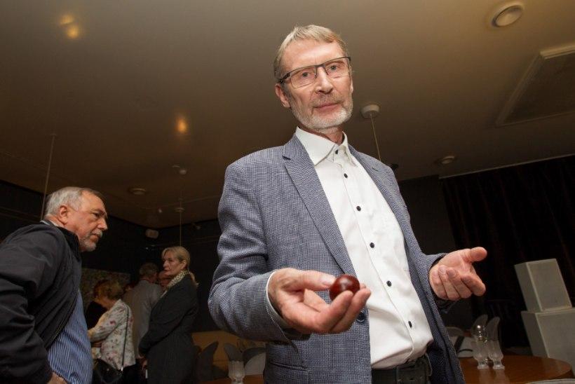 Eesti Meedia ähvardab Mart Kadastiku pensionist ilma jätta