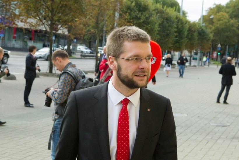 Ossinovski kritiseeris Kallase-Nebokati tüli