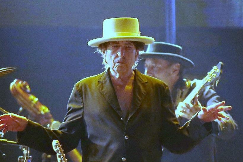 Bob Dylan ei suvatse Nobeli tseremooniale tulla?