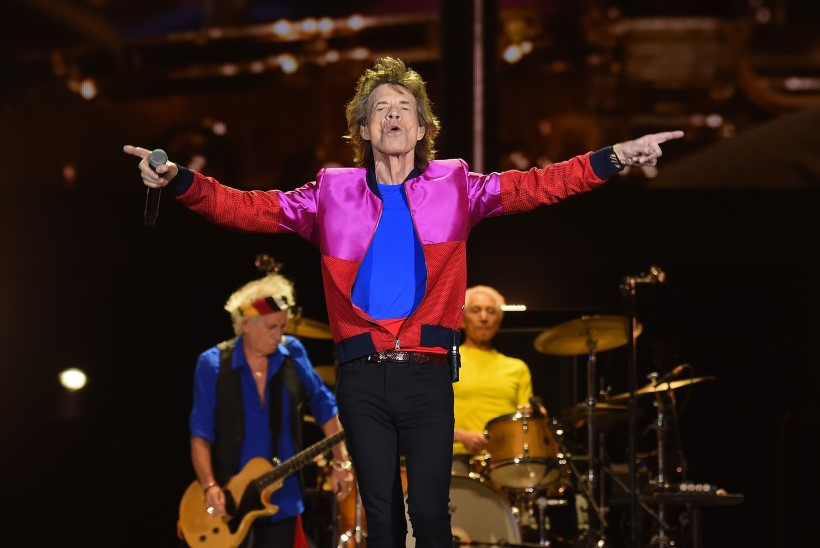The Rolling Stonesi kontsert tühistati Jaggeri kõripõletiku pärast
