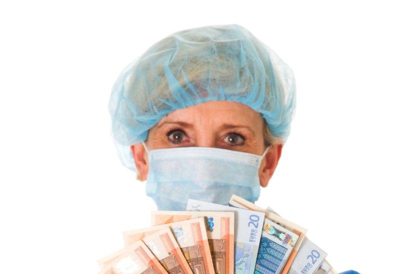 Tervishoiutöötajate palk kasvab jätkuvalt