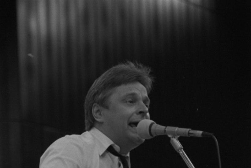 """Ivo Linna: """"Kuni olen veel võimeline lavale  ronima, ma seda ka teen."""""""