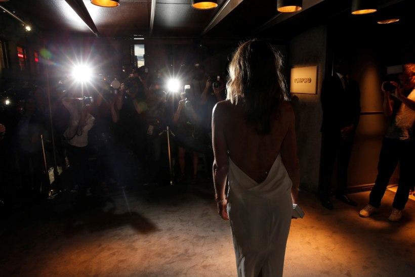 ÄRAVAHETAMISENI SARNASED: 50-aastane Cindy Crawford poseeris 15-aastase tütrega