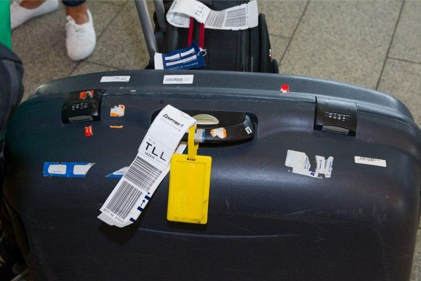Lennureisijad astuvad kaalule