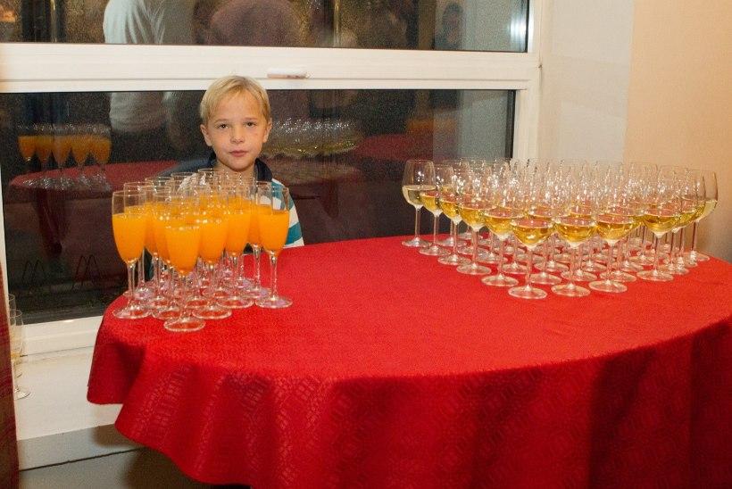 GALERII   Pärnu Endla tähistas 105. juubelit kõva paugutamisega