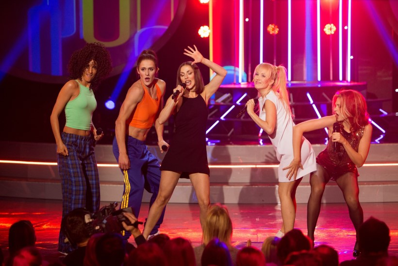 Adeele Sepp ja Liis Lass: valisime vaid näo järgi kolm näitlejat, kes meiega Spice Girlsi matkiks
