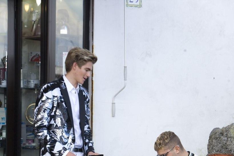 WOW: superstaaride nägusad pojad poseerivad ühisel moefotol