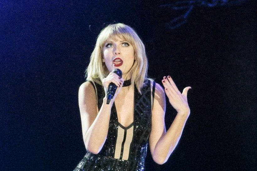 """Taylor Swift: """"Ta lükkas oma käe mu kleidi alla ja krabas mul kannikast!"""""""
