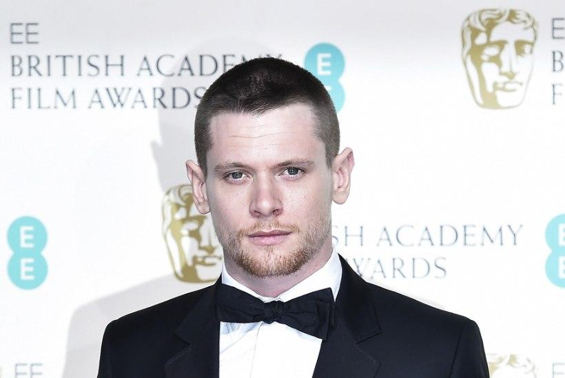 Traagilisest moeloojast McQueenist sünnib mängufilm
