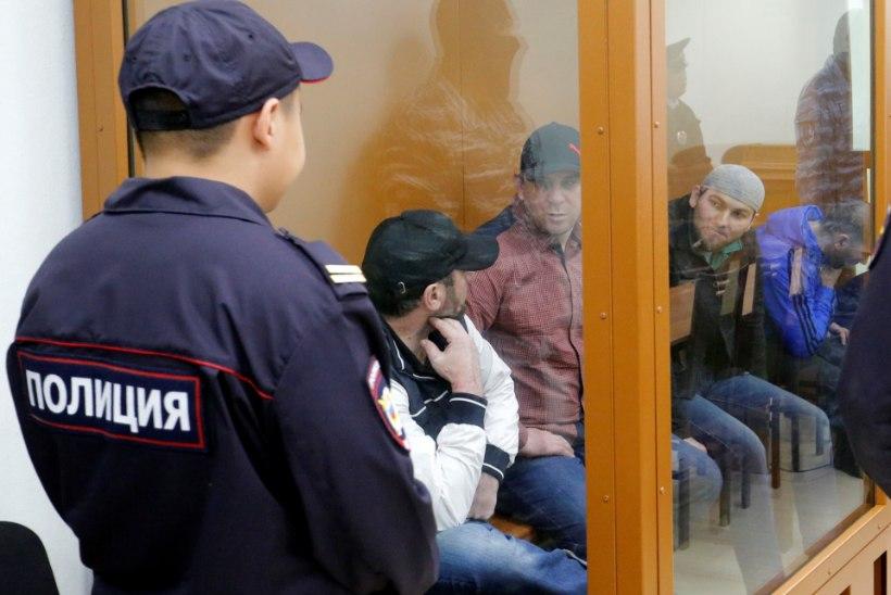 FOTOD | Moskvas algas kohtuprotsess Boriss Nemtsovi võimalike tapjate üle