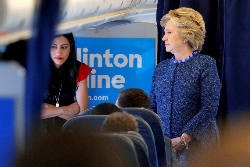 Hillary Clintoni kirjavahetus leiti seksimeilide vahelt?